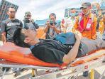 tim-sar-banda-aceh-mengevakuasi-seorang-anak-buah-kapal-tanker-mt-bai-lu-zuo_20180605_094411.jpg