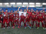 tim-sepakbola-pon-aceh-foto-bersama.jpg