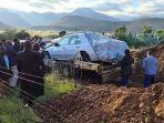 tshekede-bufton-pitso-dimakamkan-dengan-mobil-kesayangannya.jpg