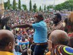 unjuk-rasa-ribuan-masyarakat-adat-papua-mengecam-kpk.jpg