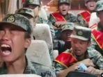 video-viral-yang-menunjukkan-sejumlah-tentara-pembebasan-rakyat-china-pla-menangis.jpg