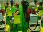 viral-aksi-dr-juanli-berhasil-suntikkan-vaksin-covid-ke-530-orang-dalam-waktu-55-jam.jpg