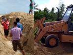viral-warga-gotong-royong-buat-laluan-banjir-ke-laut-berhasil-selamatkan-kediaman-dari-air-bah.jpg