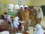 wabup-abdya-sidak-sekolah-sekolah-hari-pertama-masuk-kerja-idul-fitri-1440-h-2019.jpg