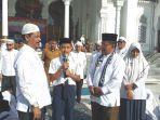 wali-kota-banda-aceh-aminullah-usman-didampingi-kepala-dinas-pendidikan.jpg