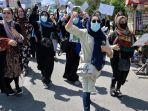 wanita-afghanistan-demo3.jpg