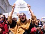 wanita-afghanistan-demonstrasi2.jpg