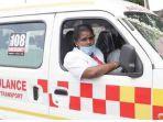 wanita-ditunjuk-menjadi-sopir-ambulans-untuk-kesetaraan-gender.jpg