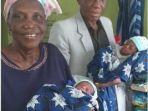 wanita-nigeria-usia-68-tahun-lahirkan-bayi-kembar.jpg