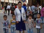 wanita-uyghur-islam-jalani-pemandulan-paksa-temuan-penyidik-jerman-adrian-zenz.jpg