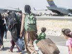warga-afghanistan-di-bandara-kabul.jpg