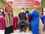 warga-mengikuti-vaksinasi-massal-di-kecamatan-beutong.jpg