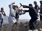 warga-palestina-demo-yahudi.jpg
