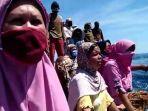 warga-pulau-kodingareng-lompo-makassar-saat-memprotes-penangkapan-nelayan.jpg