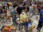 warga-wuhan-hingga-menyerbu-supermarket-karena-diketahui-kasus-lokal-covid-19-terjadi-lagi.jpg