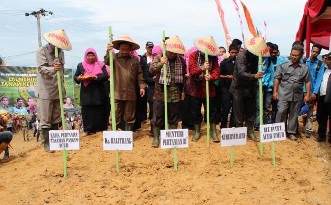 Ini Dia, Laporan Penyelenggaraan Pemerintahan Aceh kepada Publik Tahun 2012 - foto_01.jpg
