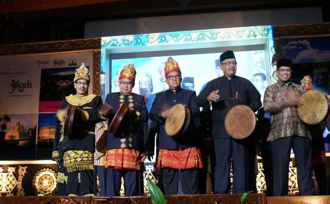 Ini Dia, Laporan Penyelenggaraan Pemerintahan Aceh kepada Publik Tahun 2012 - foto_03.JPG