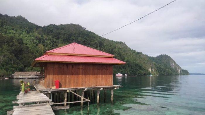 Rumah Baca Kapata Jadi Wadah untuk Perkaya Literasi Anak di Negeri Sawai - Maluku Tengah