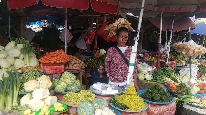 Jelang Pembongkaran, Pedagang Pasar Mardika Mengaku Bakal Tetap Perjuangkan Lapaknya