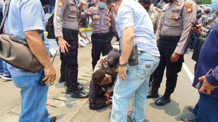 Kapolri Didesak Minta Maaf soal Penangkapan 17 Aktivis Papua yang Demo di Kedubes AS