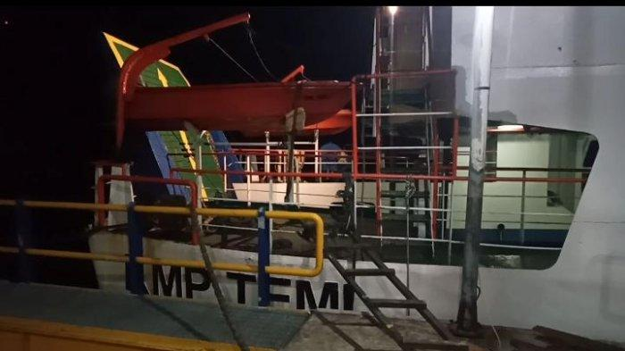 Alami Kerusakan, Pelayaran dengan KMP Temi dari Namlea ke Ambon Dibatalkan Sementara