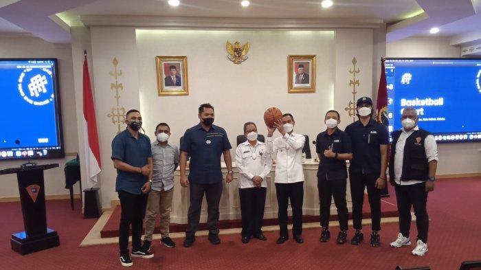 Komunitas Voor Maluku dan DBL Akan Revitalisasi Lapangan Basket di Taman Pattimura