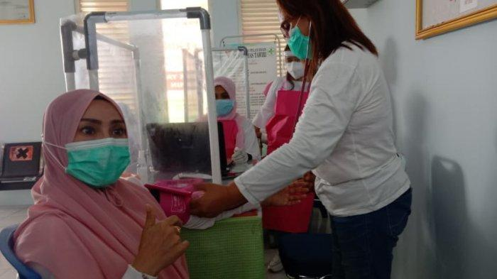 Dua Kali Gagal Screening dan Hipertensi Dokter Hasni Harusad Batal Divaksin di Puskesmas Ambon