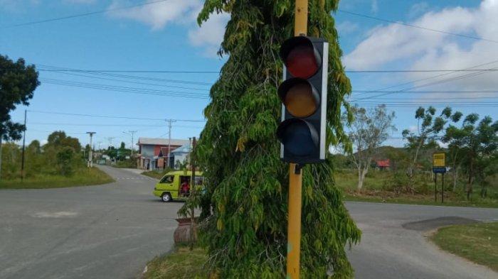 Anggaran Tidak Cukup, Teknisi Lapangan Enggan Perbaiki Traffic Light di Kota Namlea, Buru