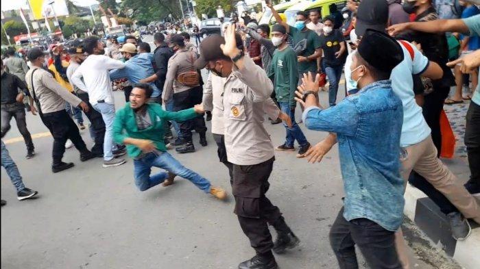 Demo Mahasiswa Tolak PPKM di Ambon Dibubarkan Polisi, Ini Alasannya