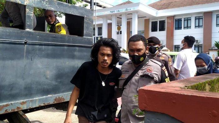 Sejumlah Mahasiswa Ditangkap Polisi Saat Demo Tolak PPKM di Ambon