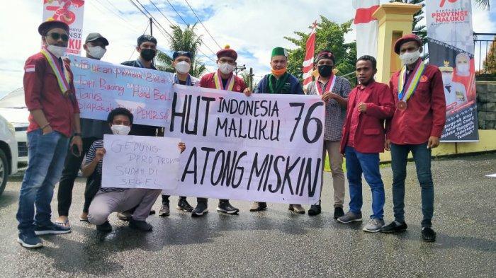 Refleksi 76 Tahun NKRI, Cipayung Demo di Gedung DPRD Maluku, Minta Murad Awasi 3 Proyek Besar Ini