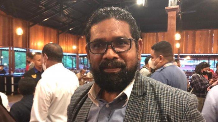 Ketua NasDem Maluku Harap Timotius Akerina Komitmen Layani Masyarakat dalam Membangun SBB