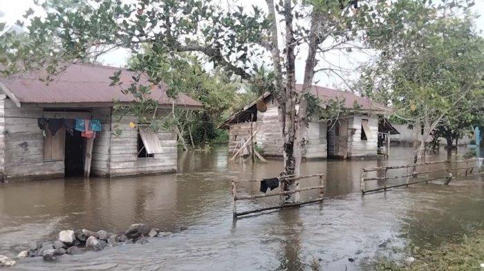 Drainase Tidak Berfungsi, Kilo Meter 10 – Maluku Tengah Belasan Tahun Dikurung Banjir
