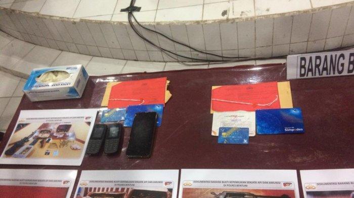 Polda Maluku Tetapkan 7 Tersangka Penjual Senpi ke KKB