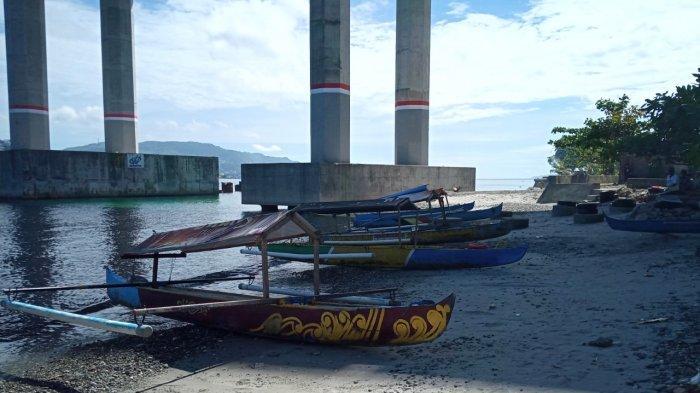 Semakin Tersingkirkan, Pendayung Perahu Poka-Galala Tetap Beroperasi