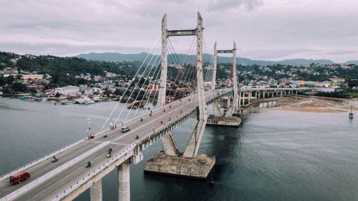 Megahnya Jembatan Merah Putih Lintasi Teluk Ambon, Memperpendek Jarak Tempuh Pengguna Jalan