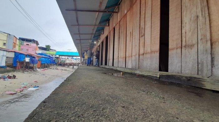 Merugi Meski Sudah Sebulan Direlokasi, Begini Curhat Pedagang Pasar Apung Mardika-Ambon