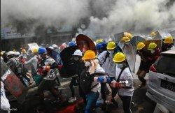 80 Demonstran Tewas Dalam Tembakkan Granat oleh Aparat Myanmar