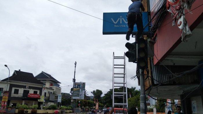 Traffic Light Kota Ambon Mulai Diperbaiki, Diperkirakan Tiga Hari Lagi Sudah Berfungsi