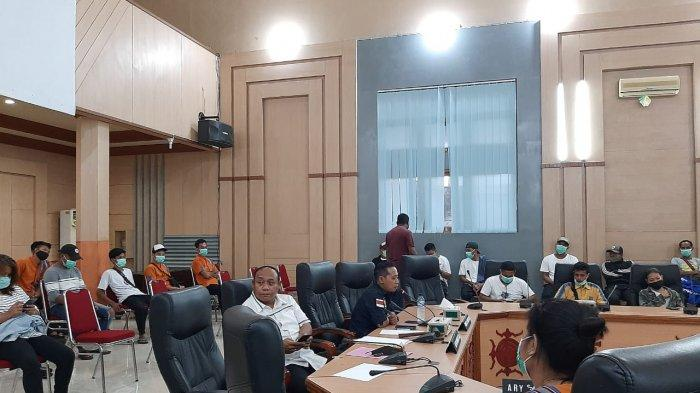 Dipecat Sepihak, Karyawan The Natsepa Hotel Datangi DPRD Kota Ambon