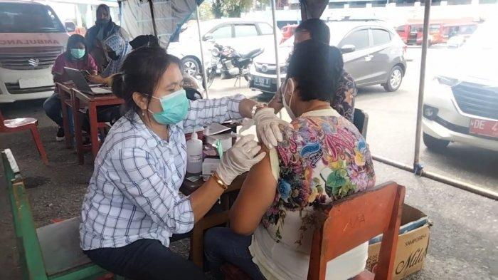 Stok Menipis, Dinkes Maluku Tengah Minta Tambahan Vaksinasi