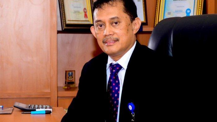 Sam Latuconsina: AB Waliulu Mundur Jadi Dirut Bank Maluku-Malut Karena Alasan Spiritual