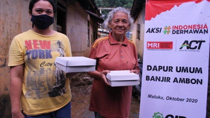 ACT dan MRI Cabang Ambon Dirikan Dapur Umum hingga Posko Kesehatan Bagi Korban Banjir Batu Merah