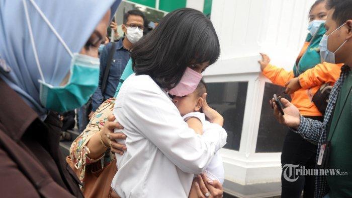 Vanessa Angel Dipenjara, Bayinya Rewel, Ibu Mertua: Dikasih Susu Nggak Mau, Susah Buang Air Besar