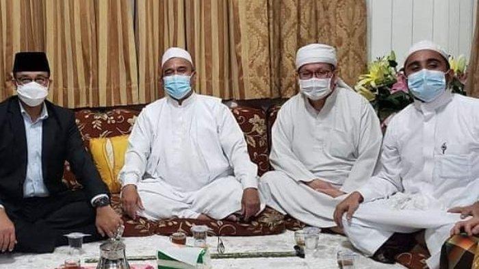 Rizieq Shihab Dirawat di Rumah Sakit karena Kelelahan