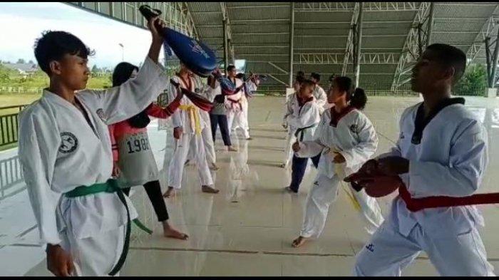 Ini 5 Atlet Taekwondo yang Wakili Kabupaten Buru dalam Kejuaraan Pangdam XVI/Pattimura 2021