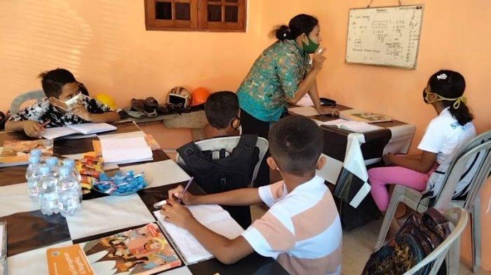 Motivasi Belajar Siswa, Guru di Masohi Perdengarkan Musik