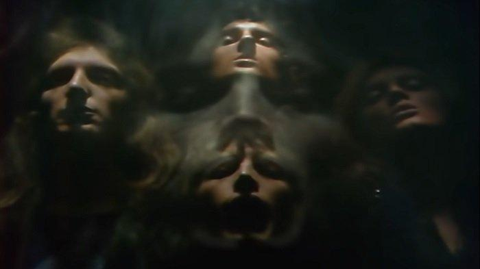 Chord Gitar Bohemian Rhapsody - Queen, Kunci dari Em: Is This The Real Life, Is This Just Fantasy