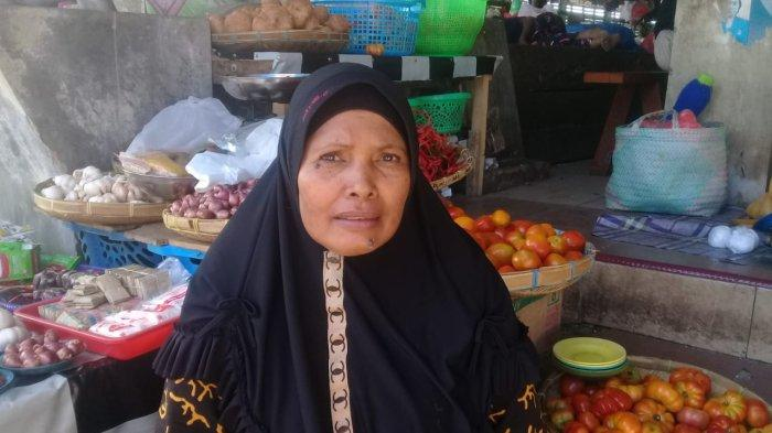 Harga Cabai di Pasar Langgur Turun, Sekarang Sentuh Rp. 30 Ribu Per Kilo, Pedagang Meradang