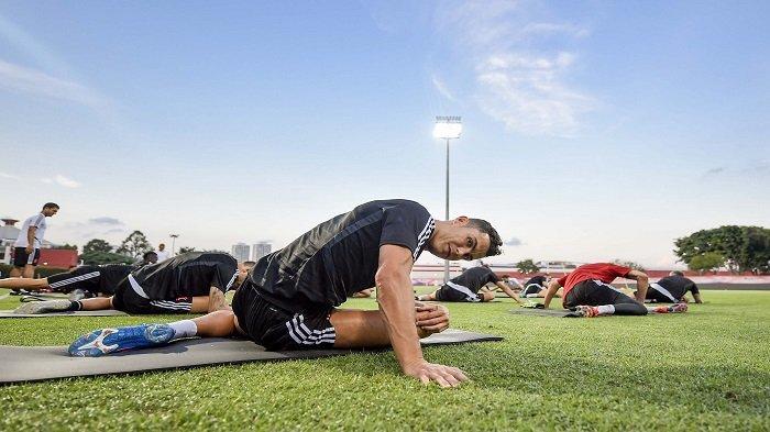 Penampakan Tim Super Juventus Latihan di Singapura, Aksi Cristiano Ronaldo Bikin Gol & Lihat De Ligt